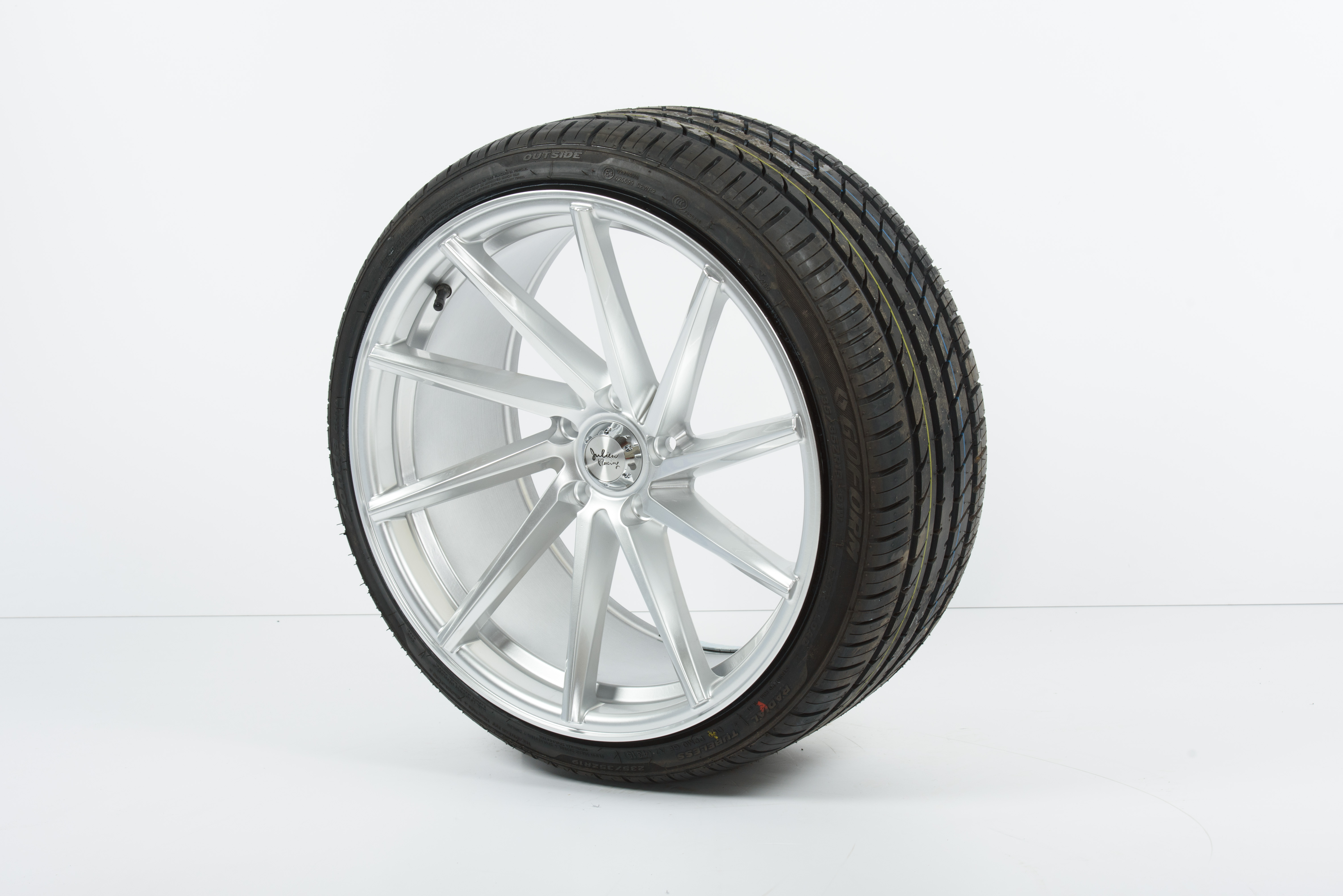 18 Vossen 18 215 8 0 5 215 112 Callaghan Tyres Alloy Wheels Amp Performance Parts